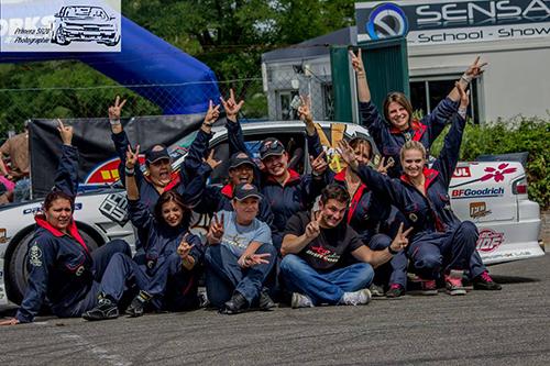 Ludovic Clini et les Ladies à la Ladies Drift Cup 2014 - Photo : Jérémy De Pinho
