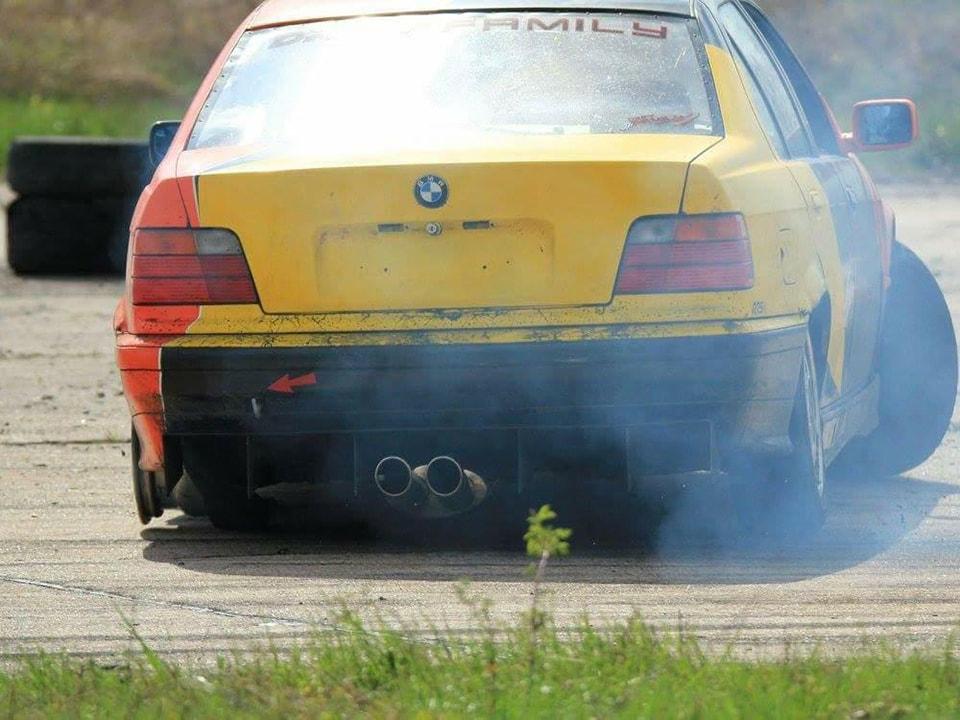 BMW E36 de Laura De Pasquale
